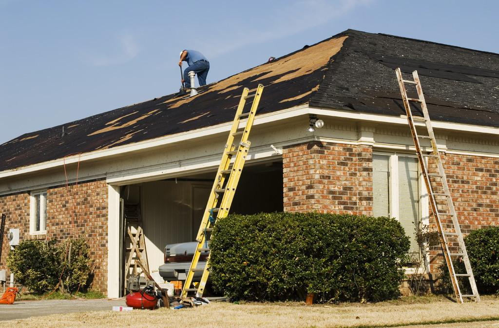 Dachreparaturen und Sturmschaden Notreparaturen